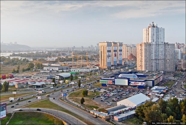 комплексы-близнецы Корона Киев