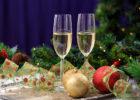 Новый год шампанское, бокалы