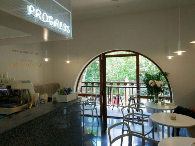 """Кофейня Progress cafe в Киеве на """"Золотых воротах"""""""