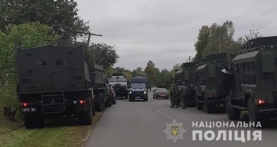 """Киевские """"копы"""" начинают патрулировать возле военных складов в Черниговской области"""