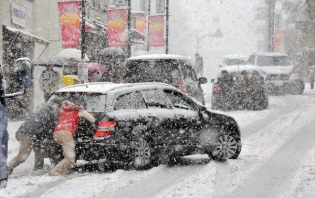 Киевлян предупреждают о снегопаде