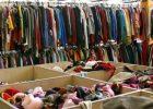 В Днепровском районе Киева работает банк одежды для нуждающихся