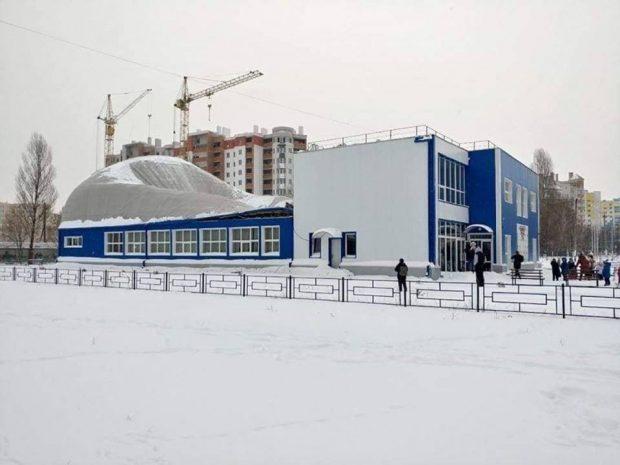 Под Киевом во время тренировки на детей обрушилась крыша нового спорткомплекса