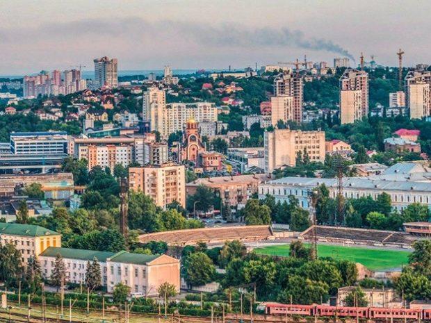 В Соломенском районе восстановят детский сад, а в Дарницком - отремонтируют стадион школы