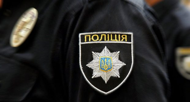 На Подоле задержали подозреваемого в разбойном нападении на подростка
