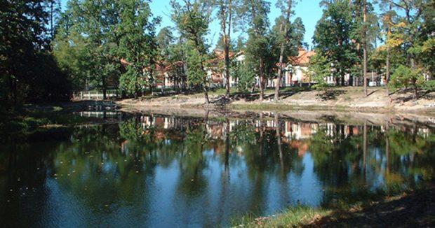 Озеро в Пуще-Водице, Киев