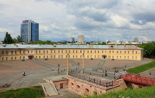 Старинная киевская крепость
