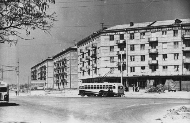 Хрущевки на современной Чоколовке, Киев