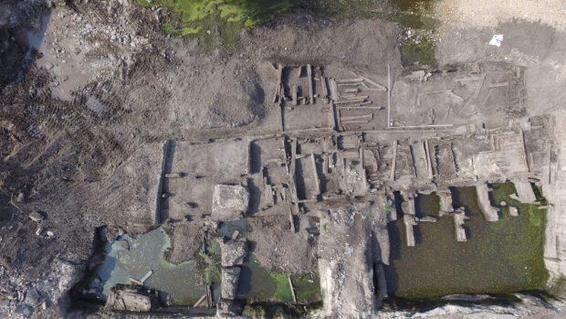 «В Киеве археологи нашли улицу XVII-XVIII веков»,