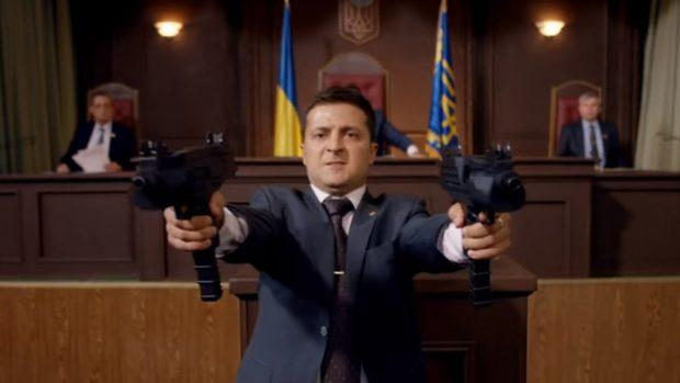 """У Порошенко требуют открыть дело на создателей """"Слуги народа"""""""