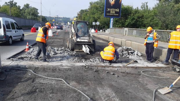 «Русановский мост полностью отремонтируют до конца этого года», - Кличко
