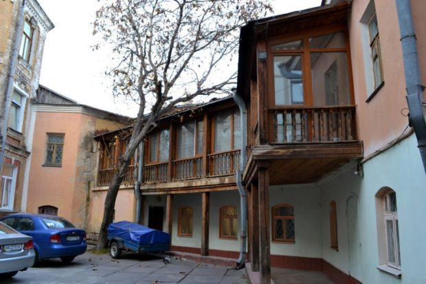 Подольский дворик