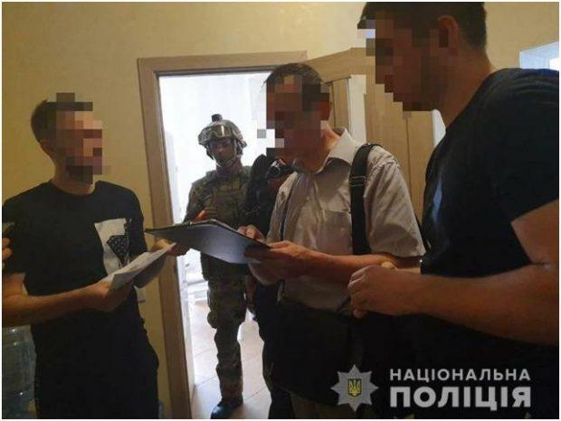 """Полиция задержала киевлян, которые """"минировали"""" Харьков по интернету"""