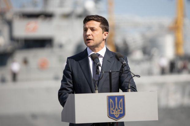 Зеленский отреагировал на идею проведения телемоста между украинским и российским телеканалами
