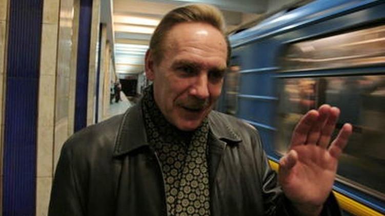 Николай Петренко