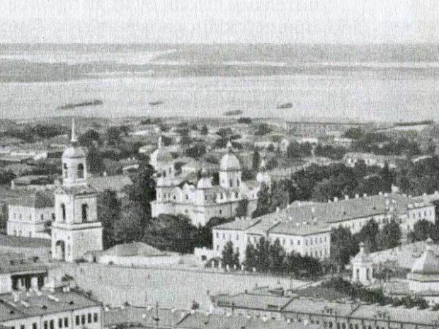 Братский Монастырь и корпус Киево-могилянской академии на фотографии нач. 20-го века