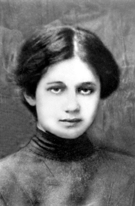 Гимназистка Анна Горенко (Ахматова)