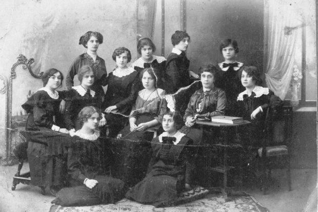 Киевские гимназистки, 1914 г.