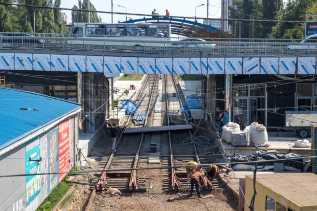 Кличко: «Мы заканчиваем капитальный ремонт пяти станций скоростного трамвая»