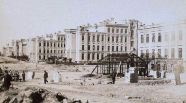 Строительство Киевского политехнического института, 1890 г.