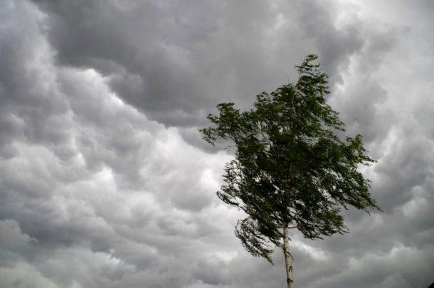 Спасатели предупреждают об ухудшении погоды по всей Украине