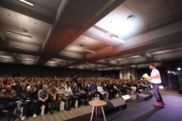 Выступление Чичваркина в Киеве